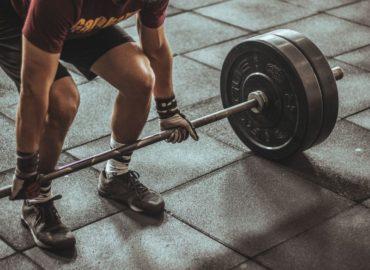 Zajęcia fitness z użyciem DVD i telewizora